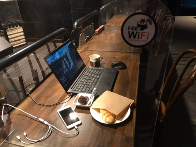 カフェ・音楽を聴きながらネットを楽しめます!